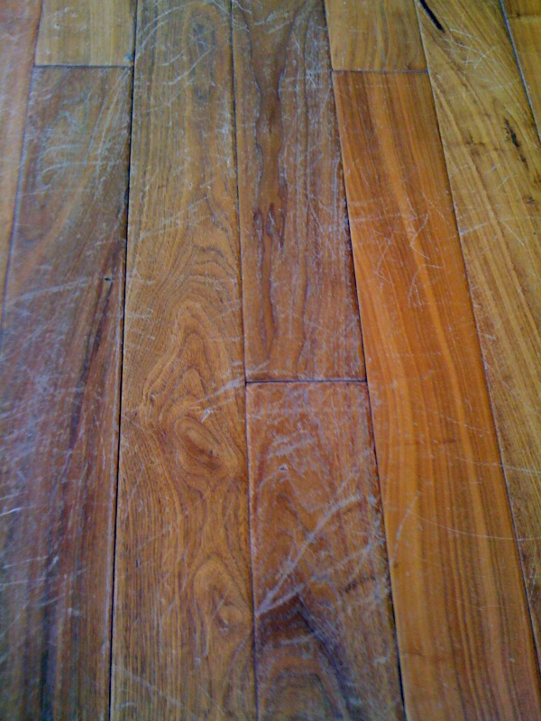 how to avoid scratches on hardwood floors